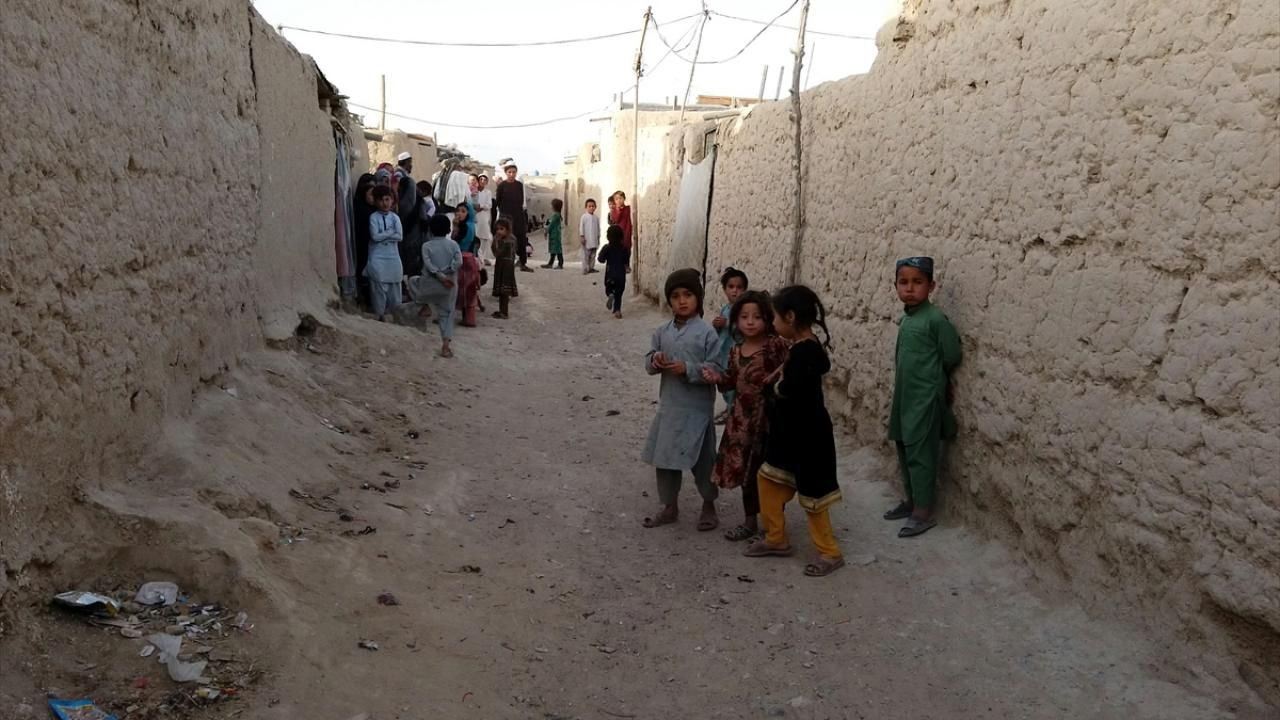 Pakistan'daki sığınmacılar 40 yıldır zor şartlarda yaşamlarını sürdürüyor - Sayfa 4