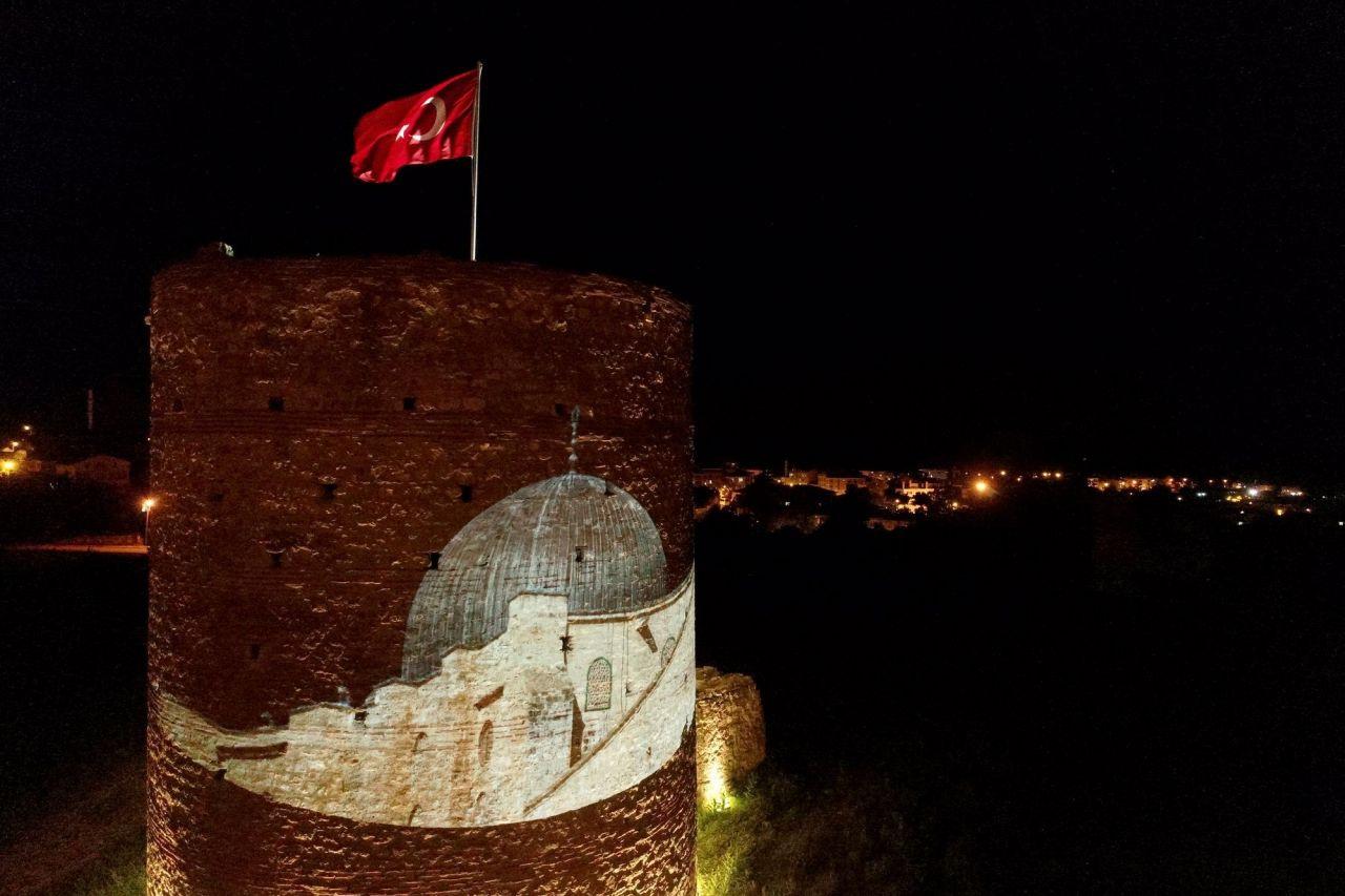 Kırklareli'nde Pınarhisar Kalesi Filistin'e destek için ışıklandırıldı - Sayfa 4