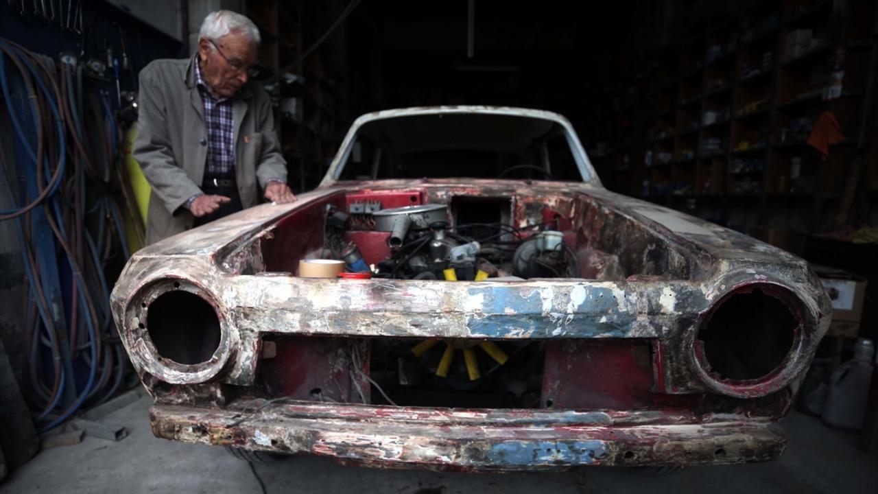 Anadol otomobiller 'Dede Suat'ın elinde hayata dönüyor - Sayfa 4
