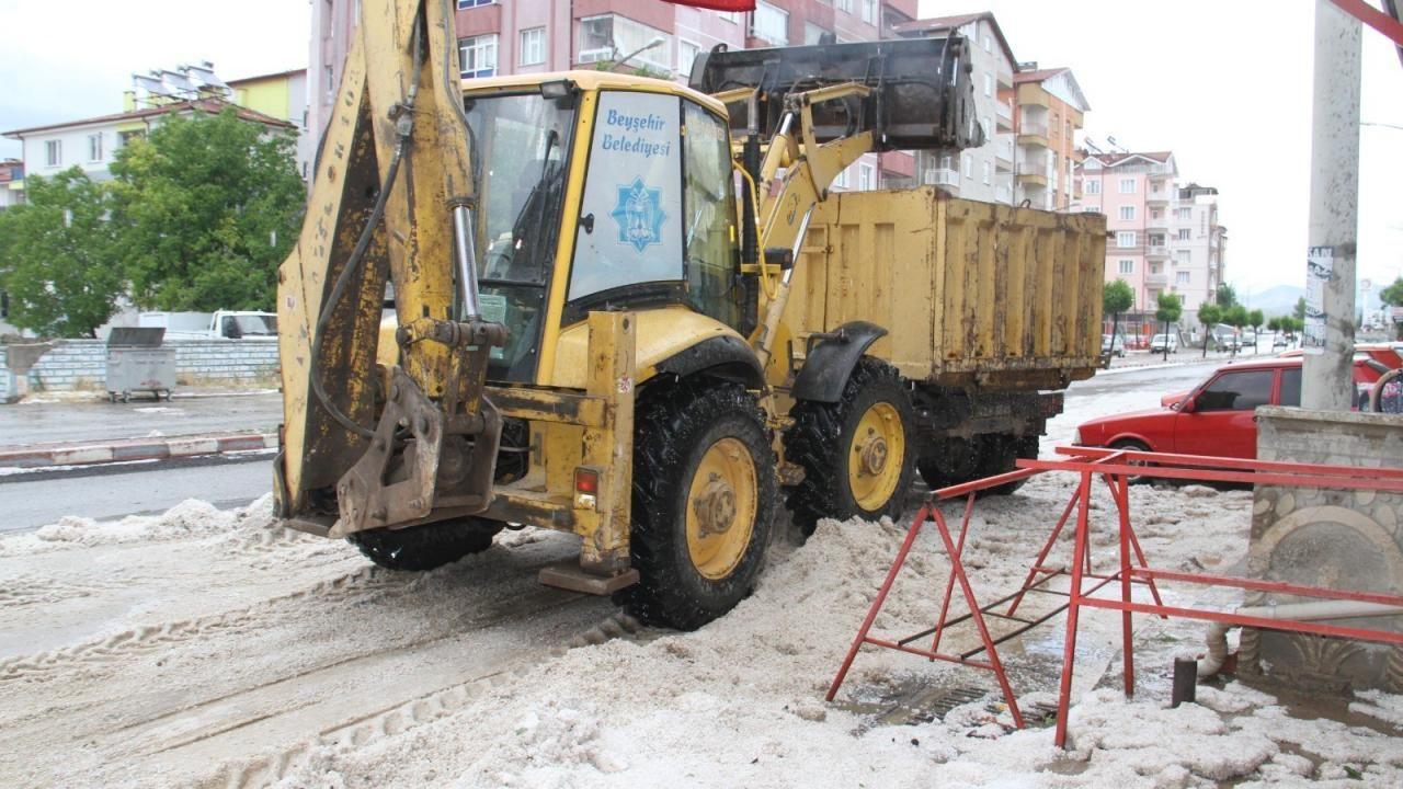 Konya'da dolu yığınları iş makineleri ve kamyonlarla taşındı - Sayfa 2