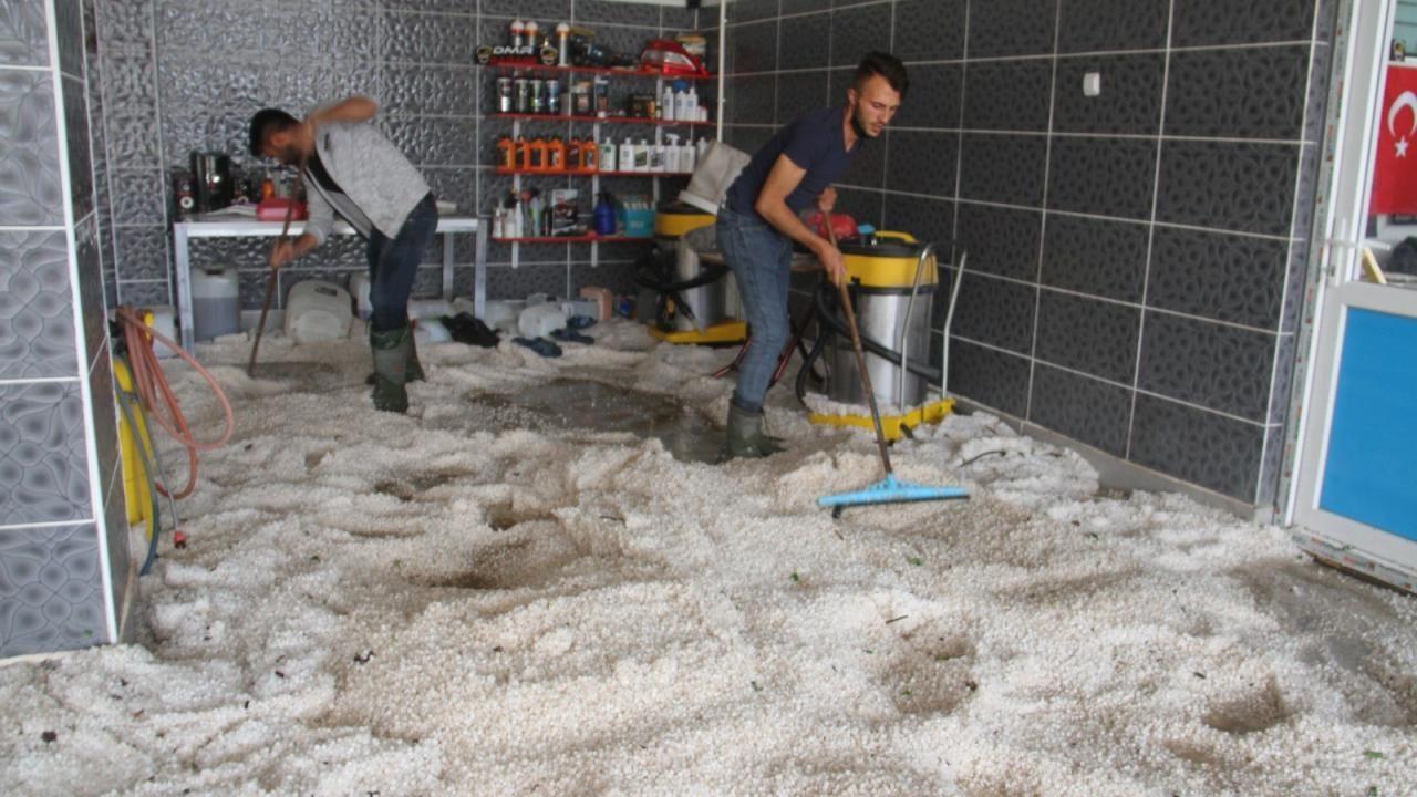 Konya'da dolu yığınları iş makineleri ve kamyonlarla taşındı - Sayfa 3
