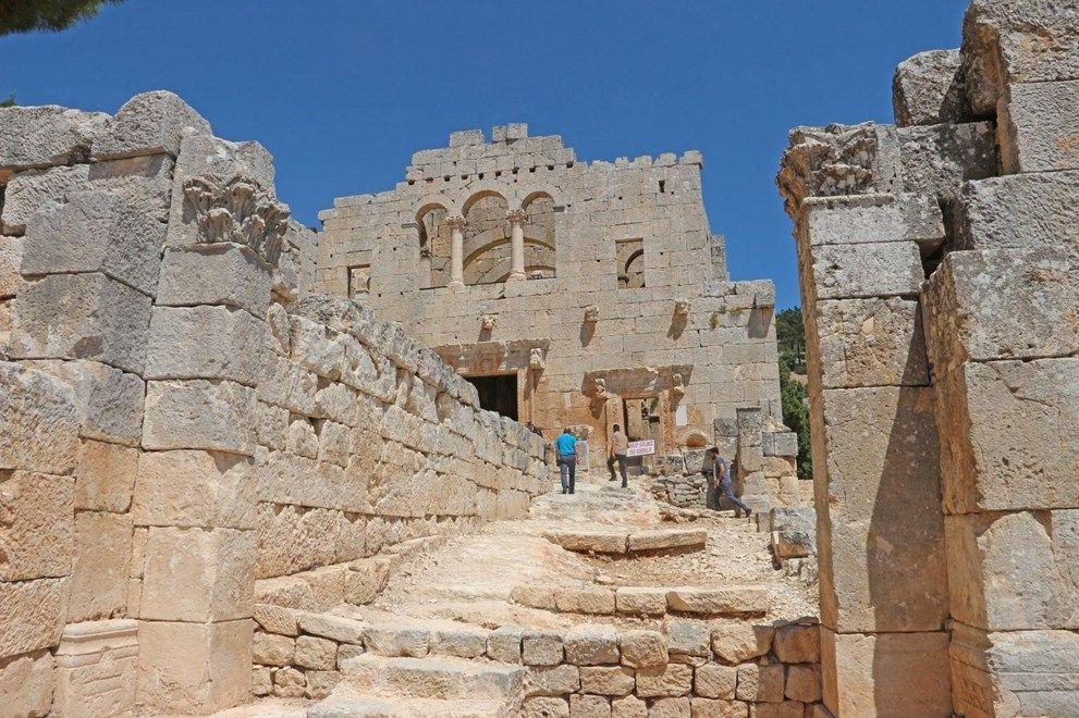 Mersin'de tarihin binlerce yıllık tanığı: Alahan Manastırı - Sayfa 1
