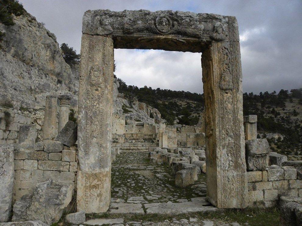 Mersin'de tarihin binlerce yıllık tanığı: Alahan Manastırı - Sayfa 2