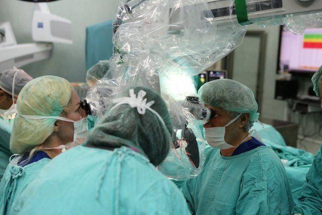Türkiye'de çift kol nakli yapılan 5. hasta Ayılmazdır'ın, kollarını erken hissetmesi bekleniyor - Sayfa 4