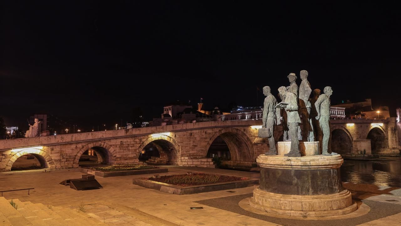Üsküp'ün yeni yüzü: Makedonya Meydanı - Sayfa 3