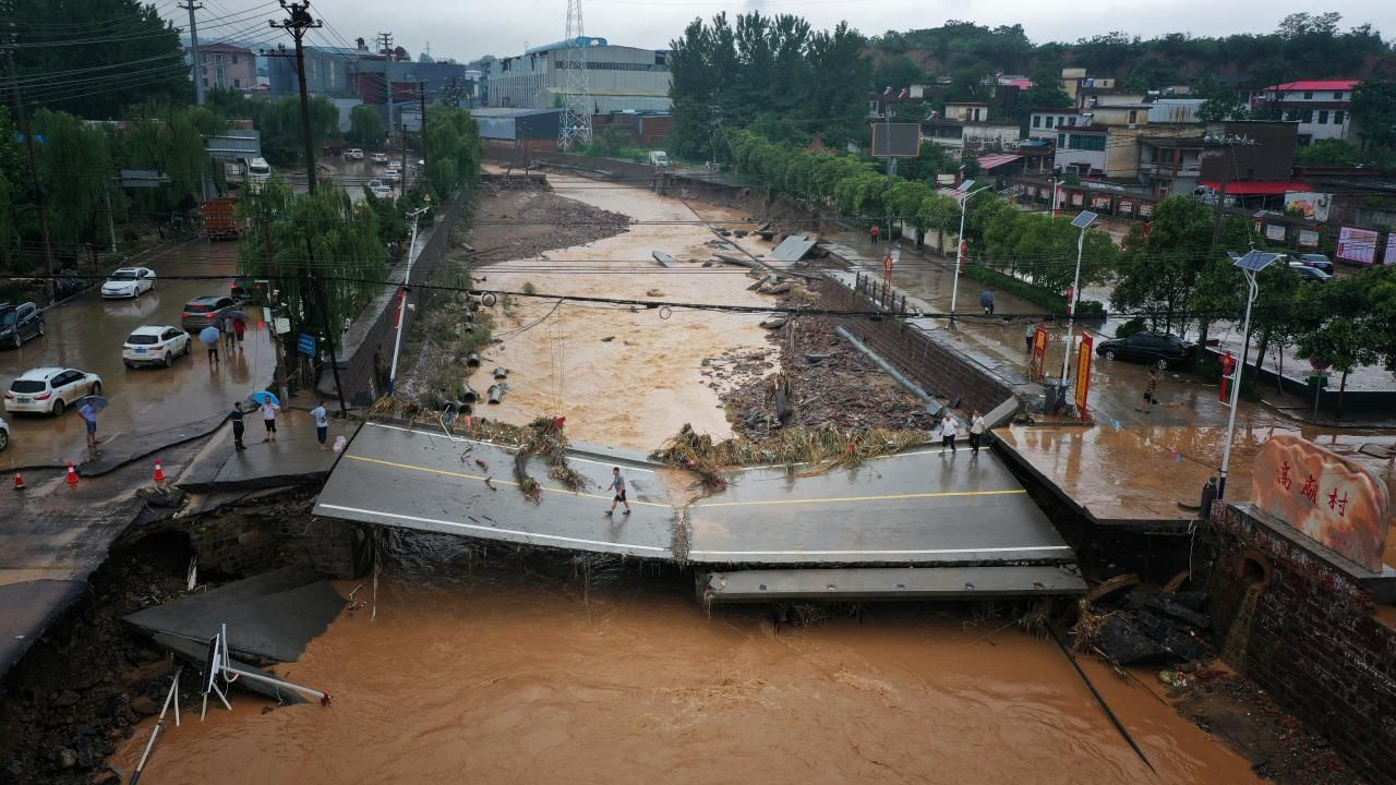 Çin'de sel felaketi: Can kaybı artıyor - Sayfa 4