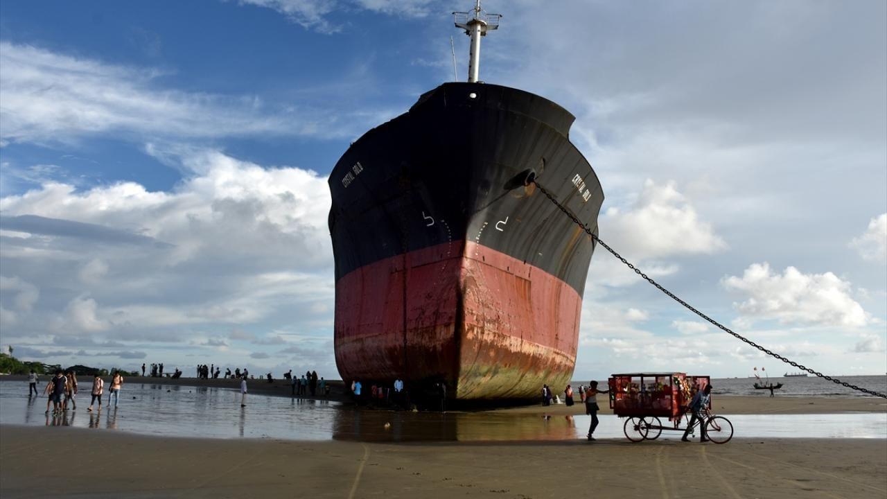 Bangladeş'in Parki Plajı'nda karaya oturan Crystal Gold gemisi - Sayfa 4