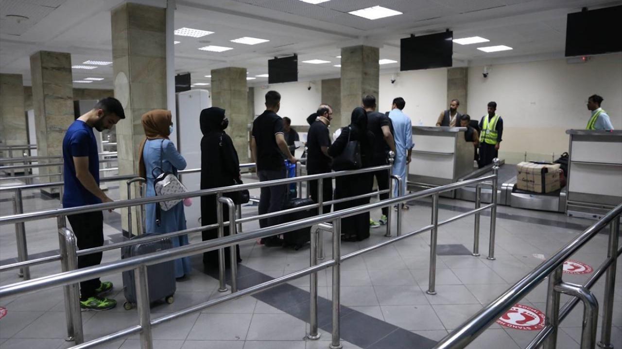 Kabil Havalimanı'nda kadın personeller yeniden işbaşı yaptı - Sayfa 2