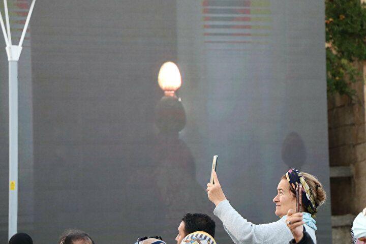 Tekbir ve salavatlar eşliğinde beklendi! UNESCO'nun listesine giren Işık Hadisesi 5 dakika sürdü - Sayfa 1