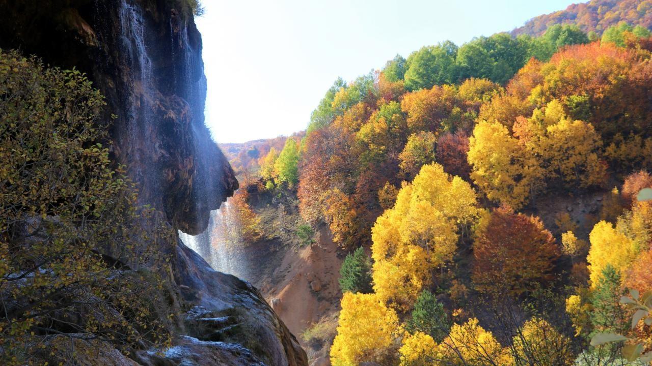 Dipsizgöl sonbahar güzelliği ile görenleri mest ediyor - Sayfa 1