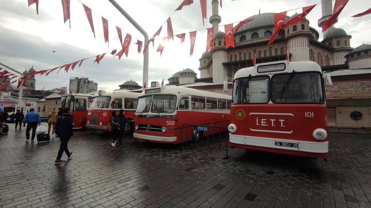 Taksim'de nostaljik otobüs sergisi - Sayfa 2
