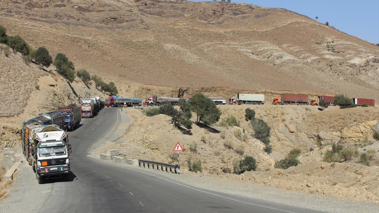 Afganistan-Pakistan sınırında tır kuyruğu - Sayfa 3