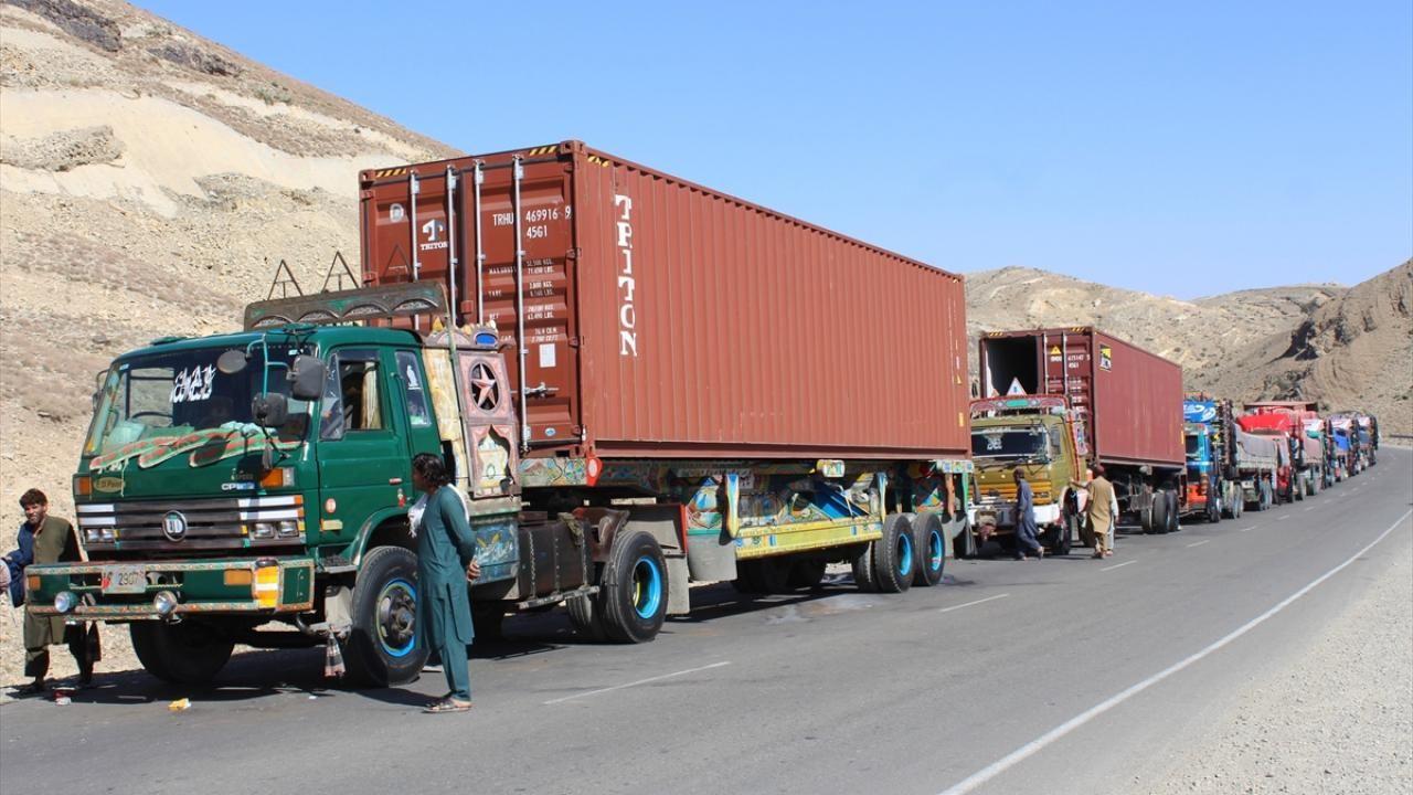Afganistan-Pakistan sınırında tır kuyruğu - Sayfa 4
