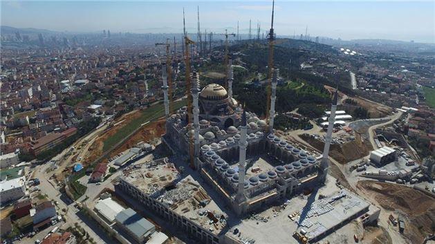 Çamlıca Camisi inşaatında kaba inşaatın sonuna gelindi. - Sayfa 1