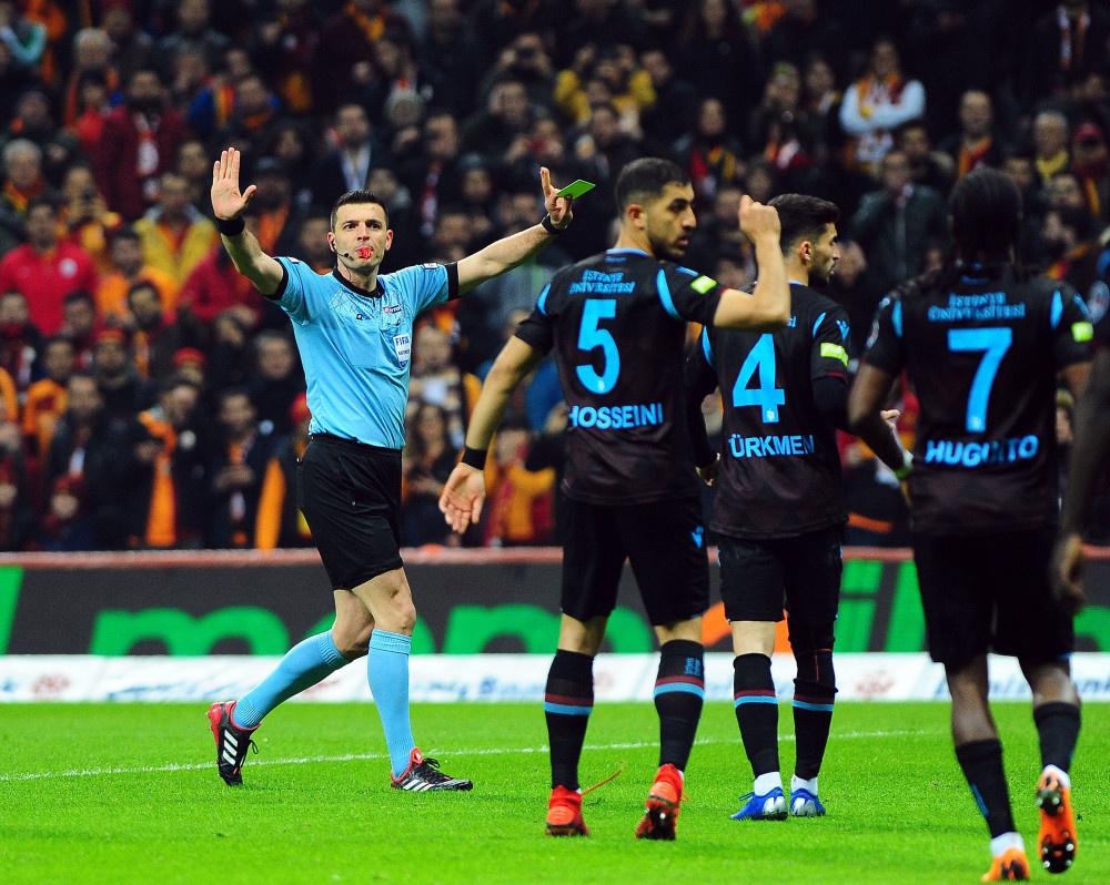 Galatasaray - Trabzonspor maçından kareler - Sayfa 1