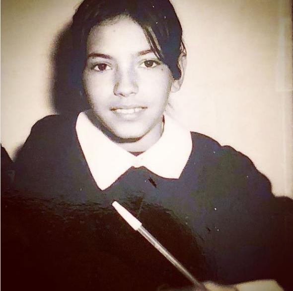 Siyah önlüklü bir kız çocuğu... Onu tanıdınız mı? - Sayfa 3