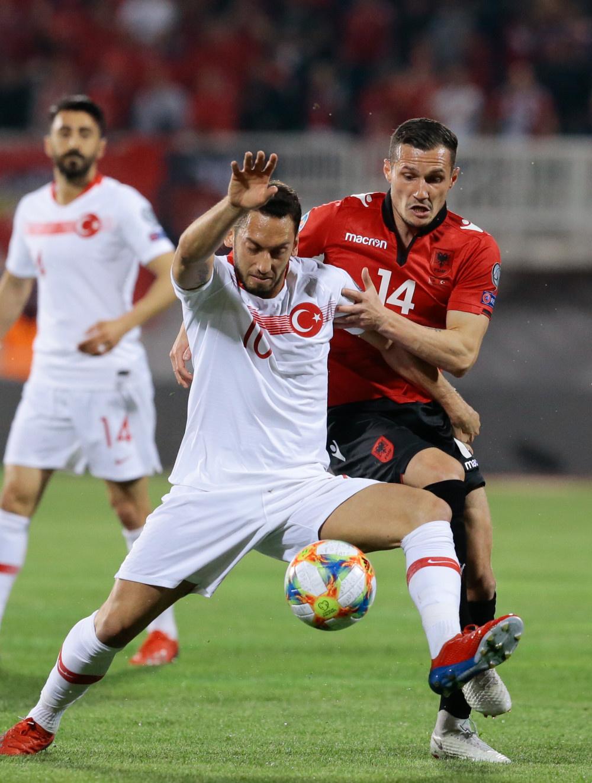 Arnavutluk - Türkiye maçından kareler - Sayfa 3