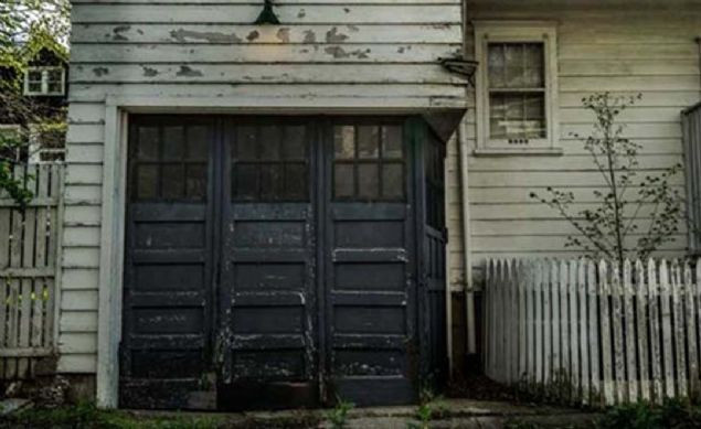 Satın aldığı evin garajından çıkan şeye inanamadı! - Sayfa 1