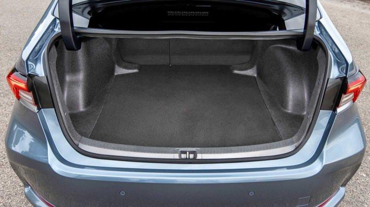 2019 Toyota Corolla Hybrid premium tasarımı ile büyük ilgi yakaladı - Sayfa 4