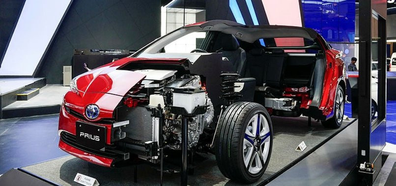 Toyota Prius Plug-in Hybrid yenilendi. - Sayfa 1