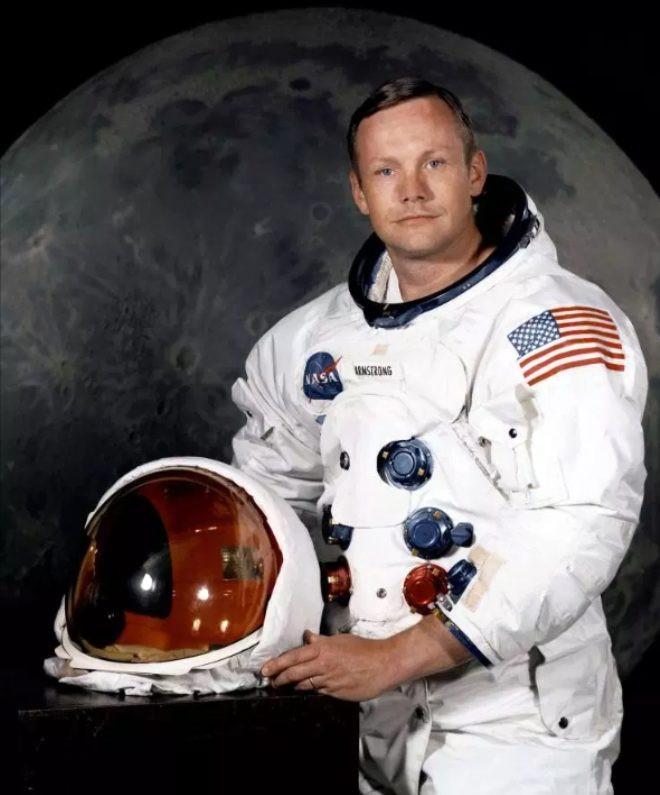 50 yıldır sır gibi saklanıyordu! İşte Ay'a iniş sırasında Neil Armstrong - Sayfa 1