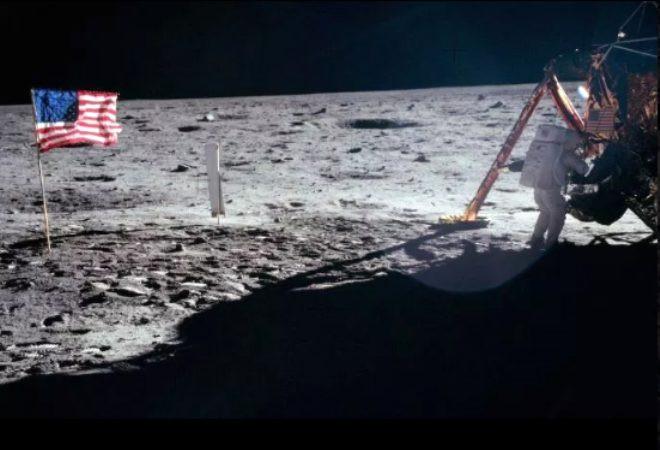 50 yıldır sır gibi saklanıyordu! İşte Ay'a iniş sırasında Neil Armstrong - Sayfa 2