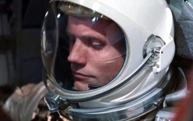 50 yıldır sır gibi saklanıyordu! İşte Ay'a iniş sırasında Neil Armstrong - Sayfa 3
