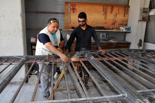 Suriyeli adam tanesini 800 TL'den satıyor! Hatay'da boş varillerle bakın neler yapıyor - Sayfa 3