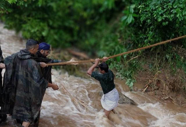 Hindistan'daki sel ve toprak kaymalarında ölü sayısı artıyor - Sayfa 3