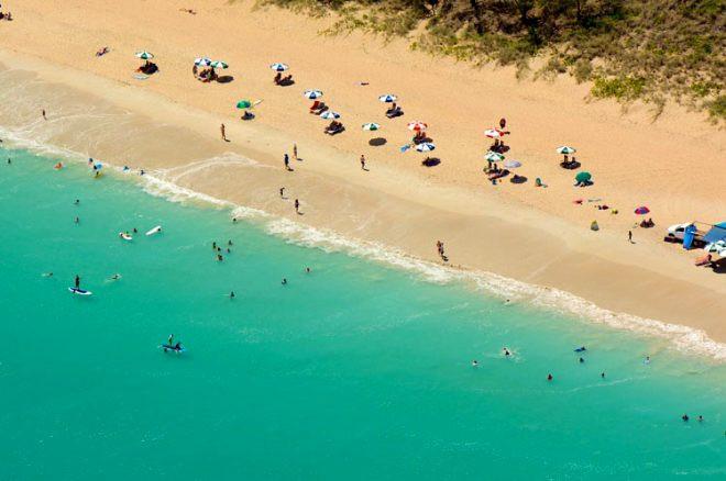 Bu sahillerde denize girmek cesaret ister! - Sayfa 3