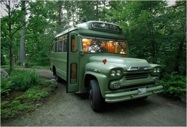 Eski model bir otobüsün müthiş bir kamp aracına dönüşümü - Sayfa 4