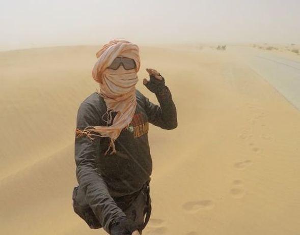 42 günde bisikletle Sahra Çölü'nü aştı! - Sayfa 1