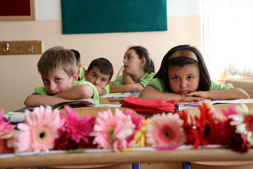 Okullar açıldı... İlk sıra boş kaldı - Sayfa 1